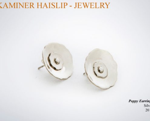 The design for these sterling silver earrings was based on the poppy flower.