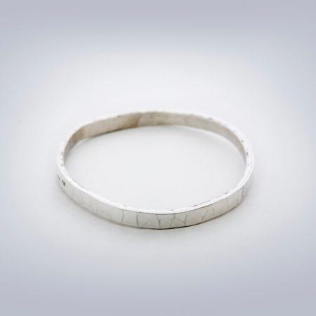 HammeredBangle-bracelet