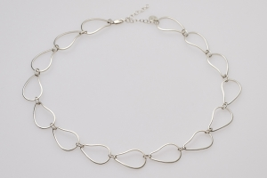 oyster link necklace