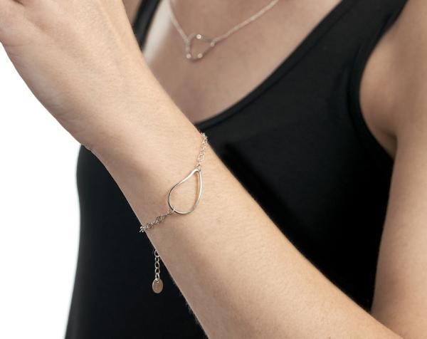 silver oyster bracelet